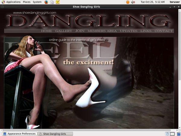 Shoe Dangling Girls Webcams